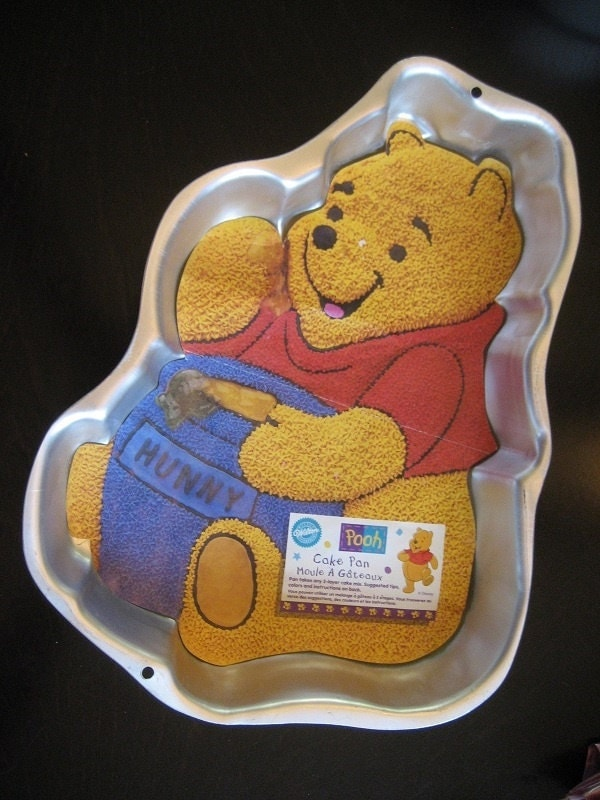 wilton winnie the pooh cake pan instructions